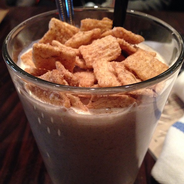 Cinnamon Toast Crunch Shake @ DMK Burger Bar
