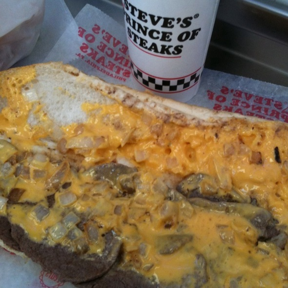 Cheesesteak @ Steve's Prince of Steaks