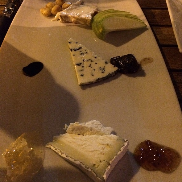 Artisan Cheese Plate - Nine One Five, Key West, FL