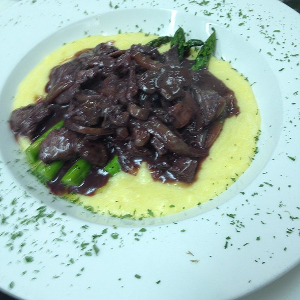 Blackberry Bourbon Chipotle Beef Tenderloin Tips With Tabasco Polenta @ The Legend Classic Irvington Cafe