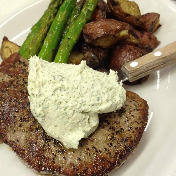 Filet Mignon With Gorgonzola Butter @ The Legend Classic Irvington Cafe
