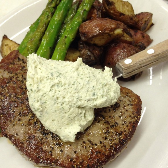Filet Mignon With Gorgonzola Butter @ The Legend Classic Irvington Cafe
