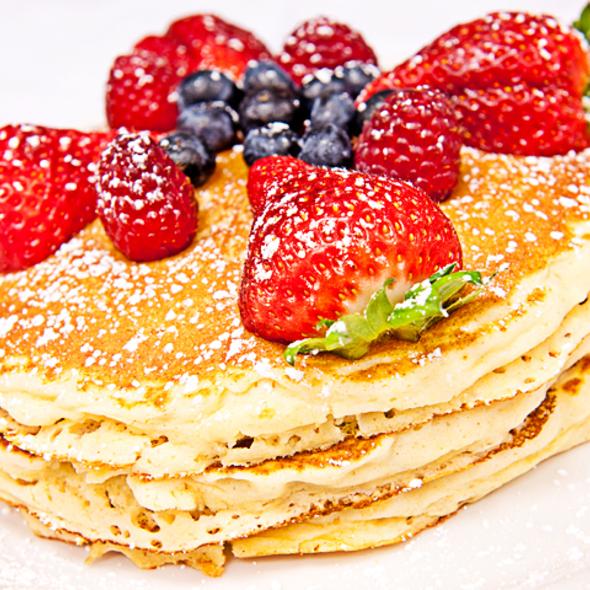Berry Blast Pancakes @ Brunch Cafe Fox River Grove