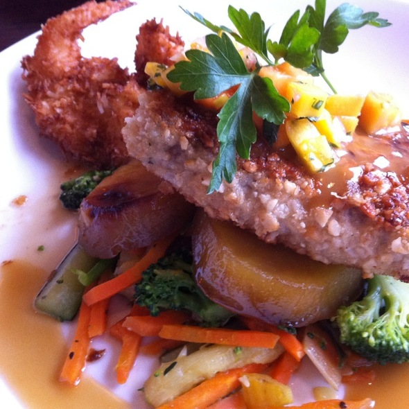 Macadamia Nut Crusted Mahi Mahi @ Old Fisherman's Grotto