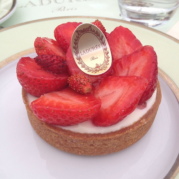 Strawberry & Marscapone Tart