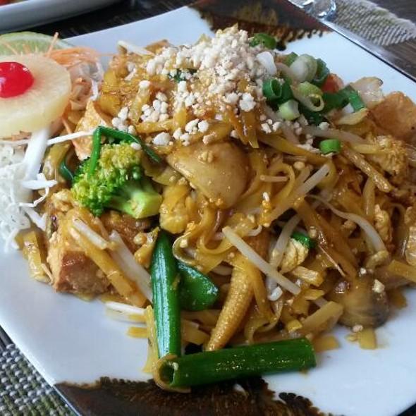 Pad Thai @ The Old Siam