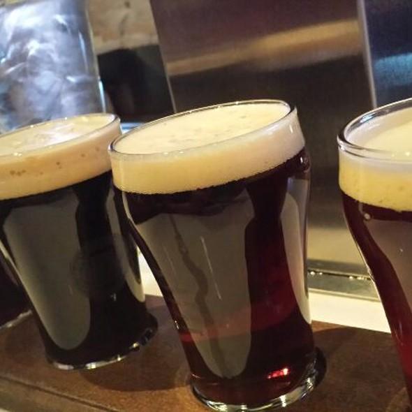 Beer Flight @ Millioke