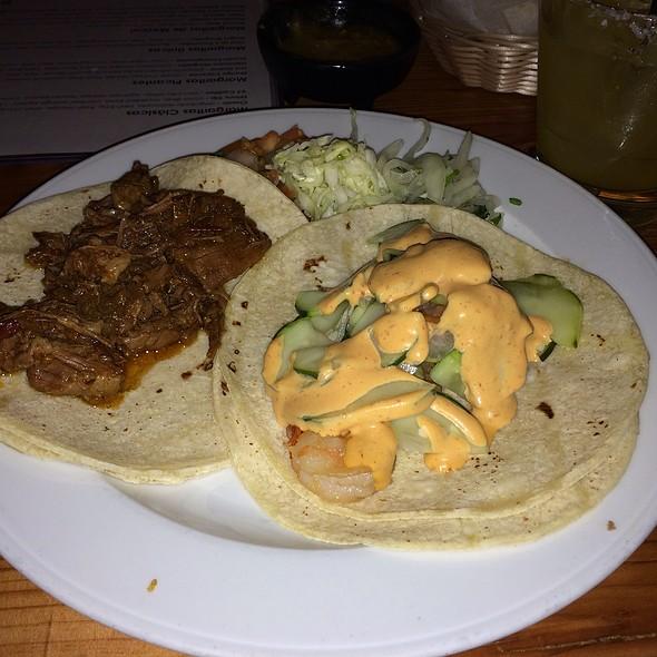 Tacos @ Dos Perros