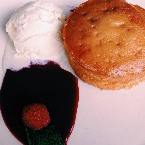 Warm Butter Cake - Kona Grill - Eden Prairie, Eden Prairie, MN