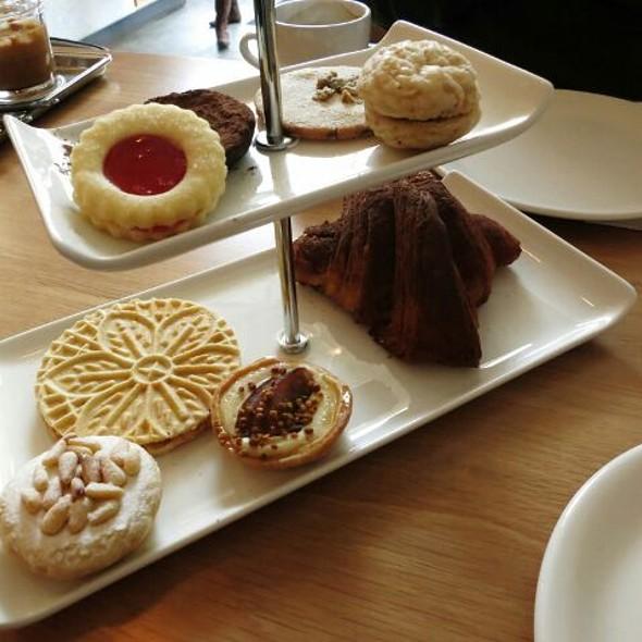 Assaggi Di Pasticceria @ Buca Restaurant