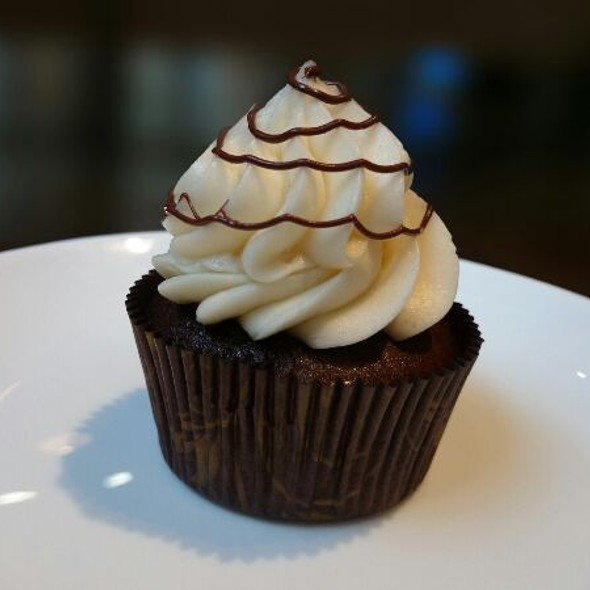Hazelnut Buttercream @ The Boston Cupcakery