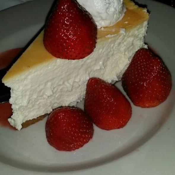 Cheesecake - Maggiano's - Buckhead, Atlanta, GA