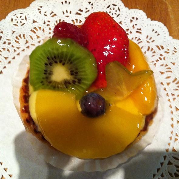 Fruit Tart @ Avery Pattiserie