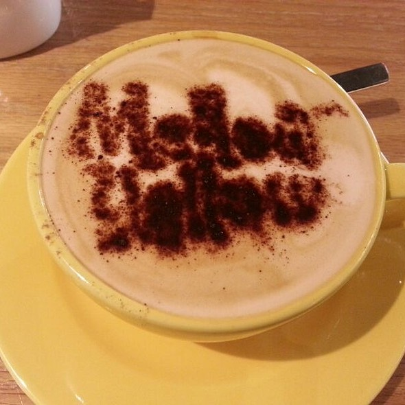 Cafe Latte @ Mellowyellow