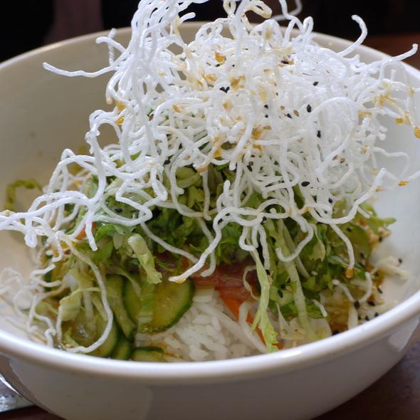 Salmon and Tuna Bowl @ Kazu