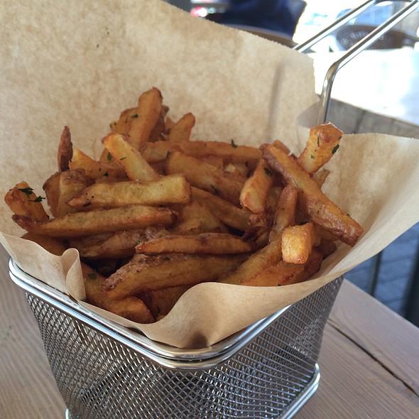 Fry Basket @ YEAH! BURGER