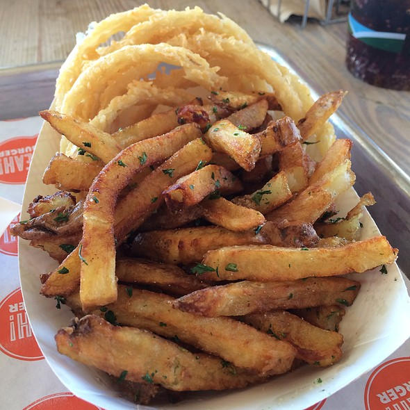 """The """"Fifty-Fifty"""" Fries @ YEAH! BURGER"""