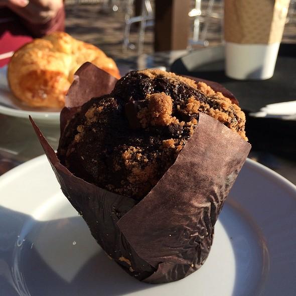 Chocolate Muffin @ Crema Espresso Gourmet
