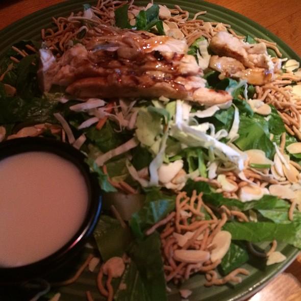 Oriental Chicken Salad @ Applebees