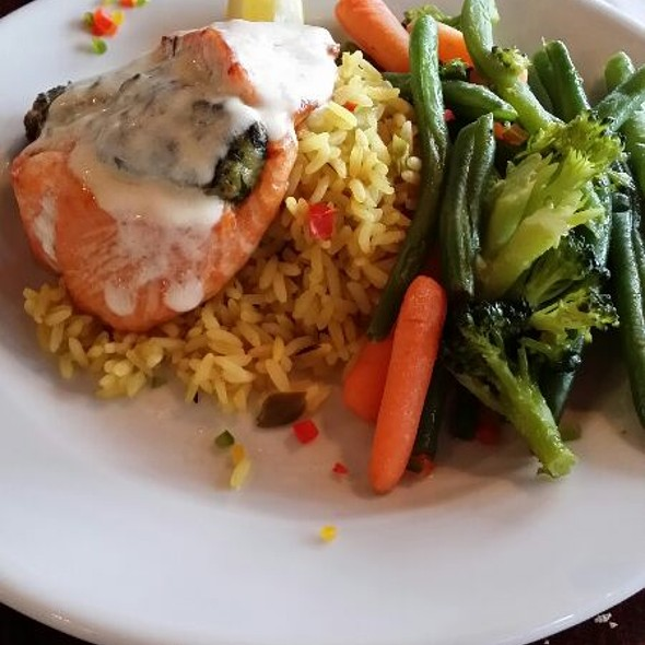 Salmon Rockefeller - Pusser's Caribbean Grille - Annapolis, Annapolis, MD