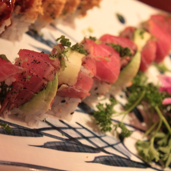 Crazy Tuna Roll @ Oyama Sushi