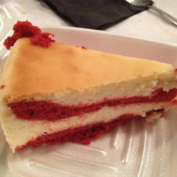 Red Velvet Cheesecake @ Lookout Steakhouse