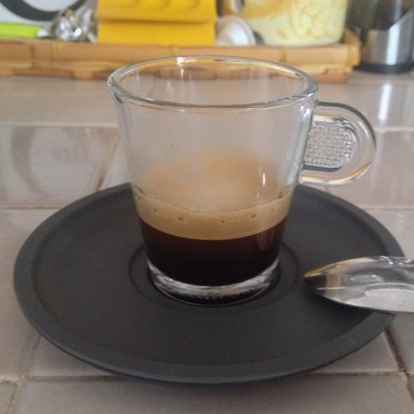 Caffè Nespresso Roma @ Home
