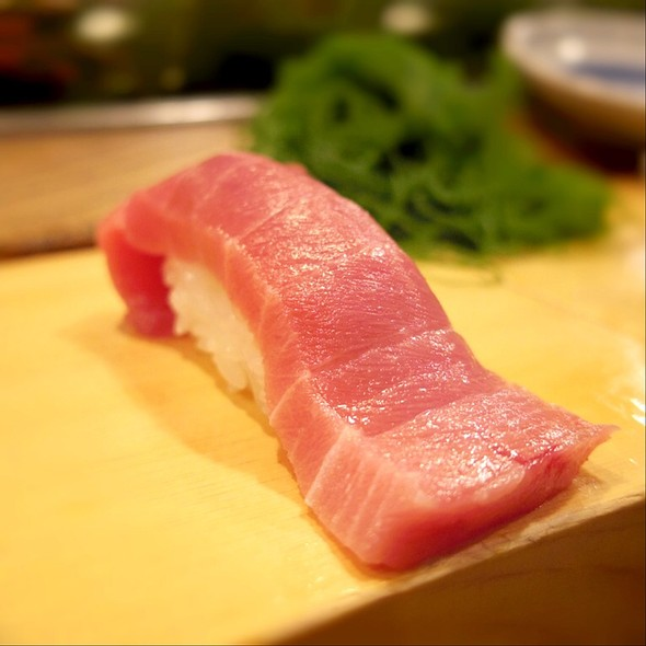 Medium-Fatty Tuna Nigiri @ Mimasuya