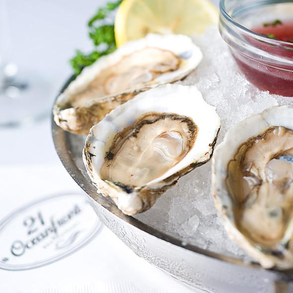 Freshly Shucked Oysters - 21 Oceanfront, Newport Beach, CA