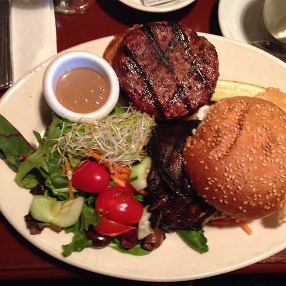 8 Oz Burger - Cupping Room Cafe, New York, NY