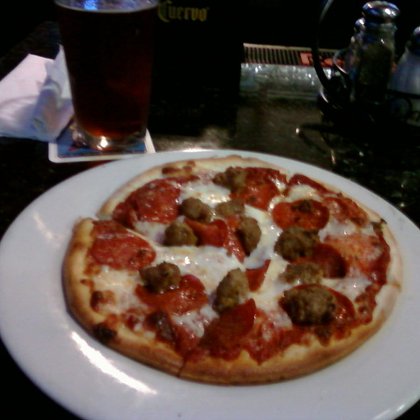 Lightning Pizza @ Oggis Pizza & Brewing Co