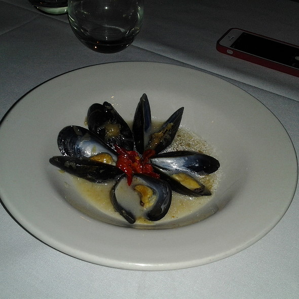 Mussels @ Bocce Wine Bar & Tapas