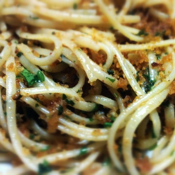 Linguine With Anchovies @ Home