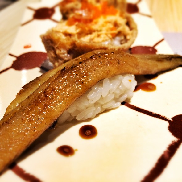 Whole Sea Eel Sushi @ Itacho Sushi