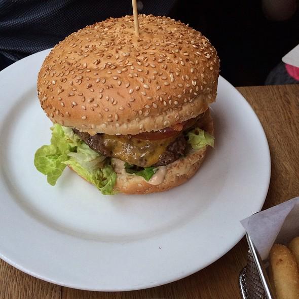Bacon Cheese Burger @ Haché