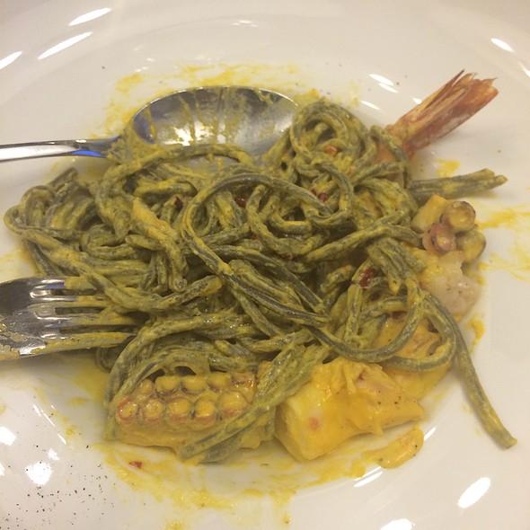 Spaghete Negre/ Crevete Tiger