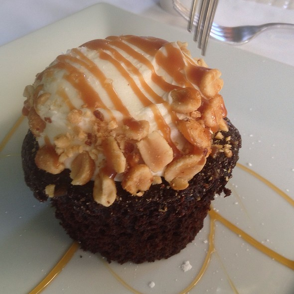 Chocolate Peanut Butter Cupcake - Jake's - Palm Springs, Palm Springs, CA