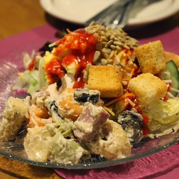Salad @ Robbins Restaurant