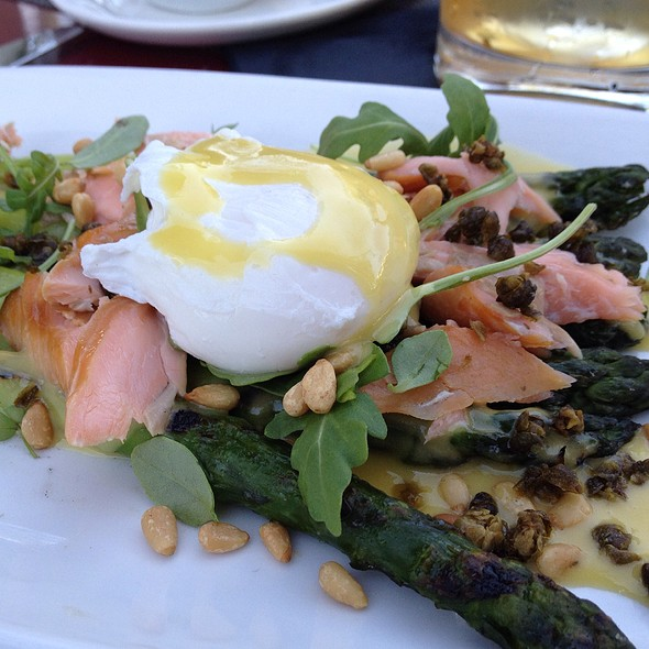 Grilled Delta Asparagus And Smoked Trout @ Goose And Gander