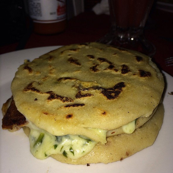 Spinach And Cheese Pupusas