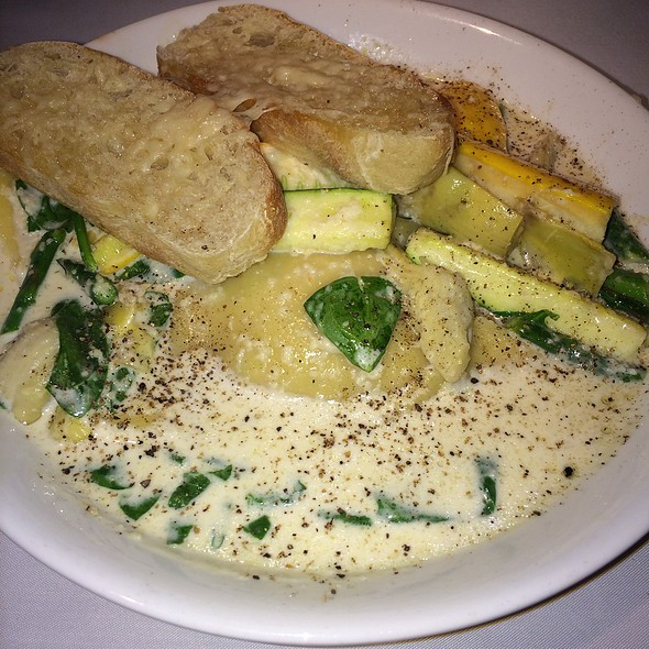 Ravioli Pasta Spacial - Avenue Grill - Denver, Denver, CO