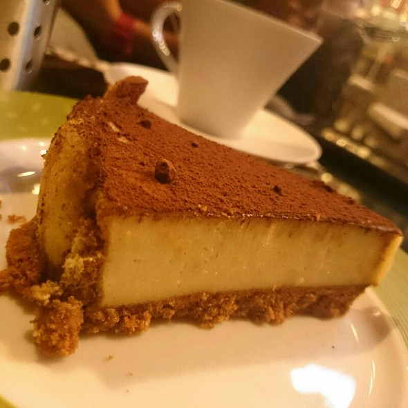 Tiramisu @ GUSTO Urban Café + Wine Bar