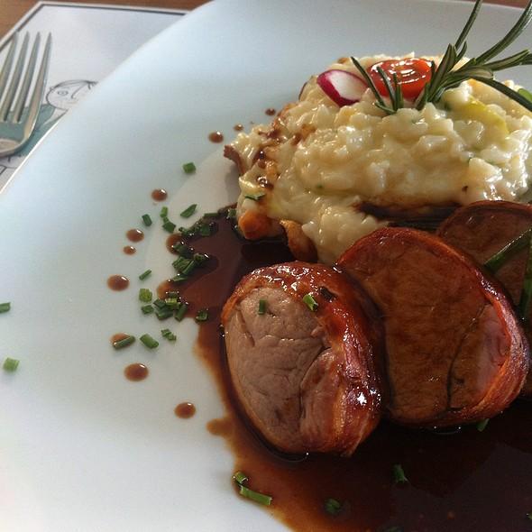 Saltimboca De Lombo De Porco @ Restaurante O Bairro