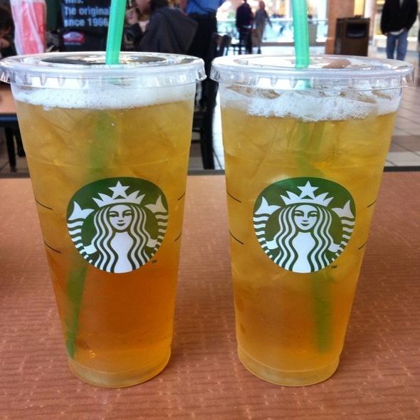 starbucks iced green tea calories