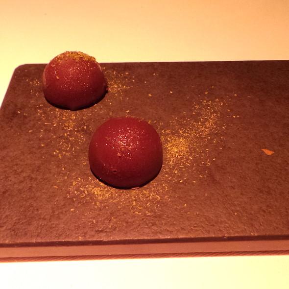 Dunkle Schokolade, Fichte @ Reinstoff