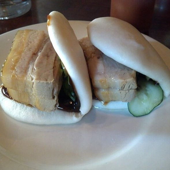 Steamed Pork Buns @ Momofuku Ssam Bar