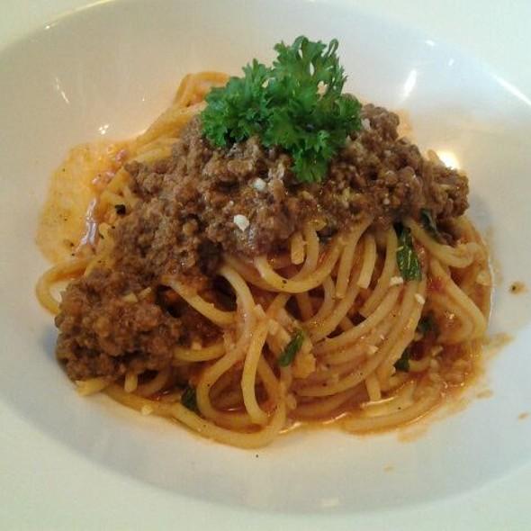 Spaghetti Bolognaise (beef)