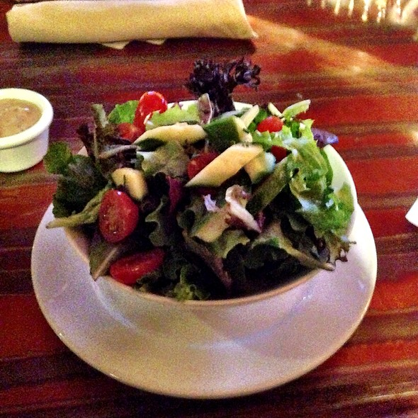 Side Salad - Buttonwood Grill, Lahaska, PA