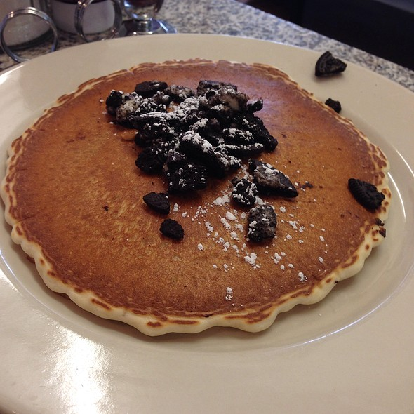 Oreo Pancake @ Maureen's Kitchen