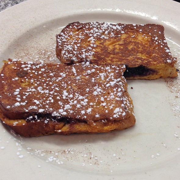 French Toast @ Maureen's Kitchen